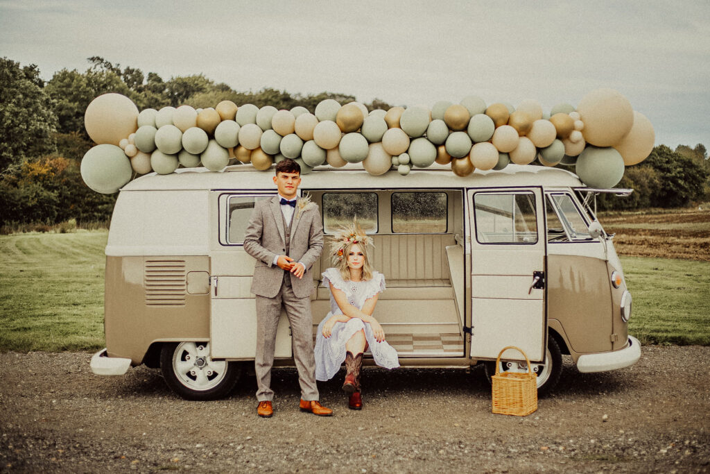 Bride and Groom VW with balloons
