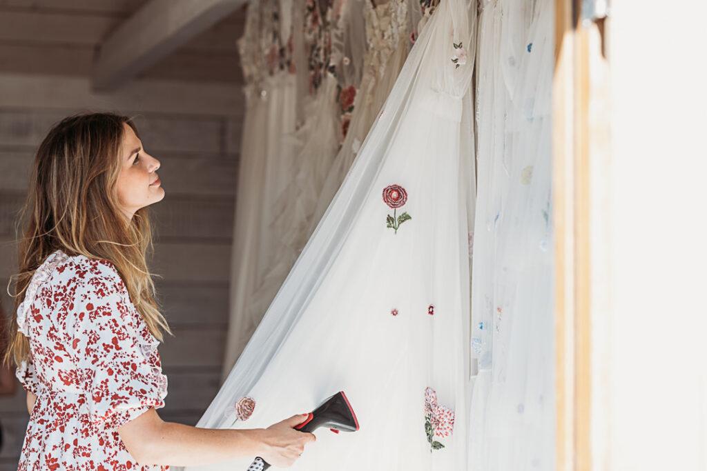 Relaxed Luxury Wedding Photo Shoot Featured on Rock My Weddings - Victoria Sanders