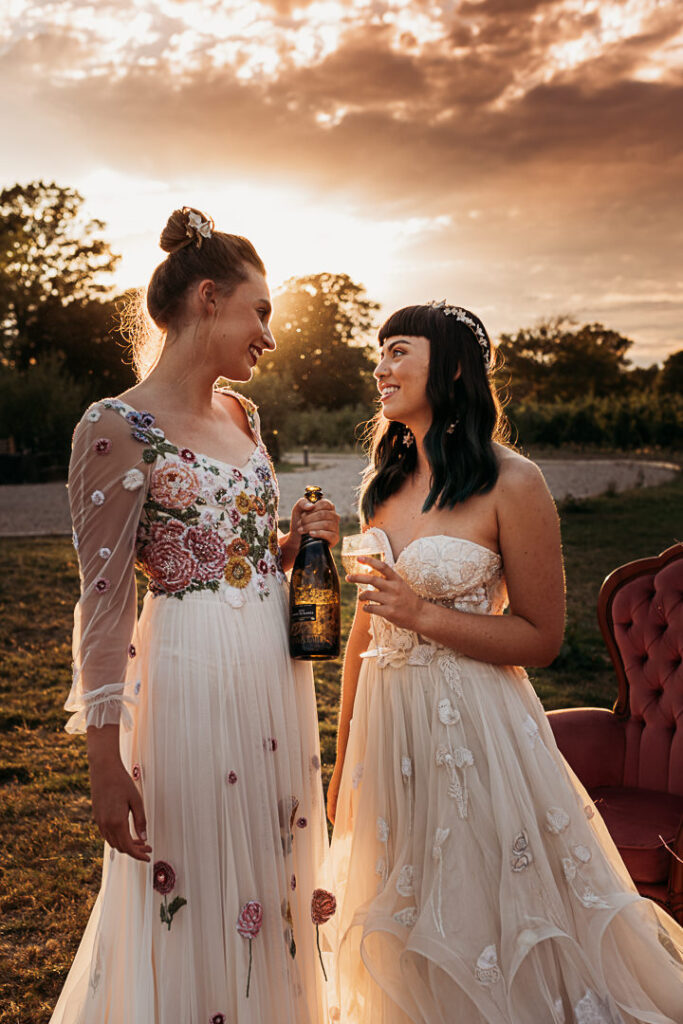 Relaxed Luxury Wedding Photo Shoot Featured on Rock My Weddings by Hester Barnes
